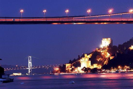 Travel Bazaar: Bosphorus Bridge in night time