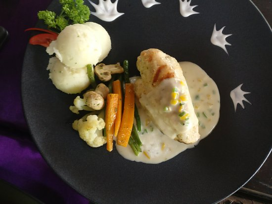 Cafe Lazy Days: Stuffed Chicken Breasts