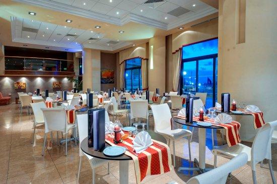 Cirkewwa, Malta: Restaurant Interior