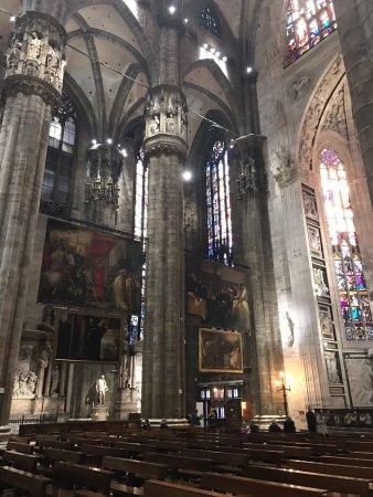 Duomo di Milano: vnitřek katedrály