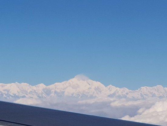 Bhutan Travel Club: Mr Mount Everest here