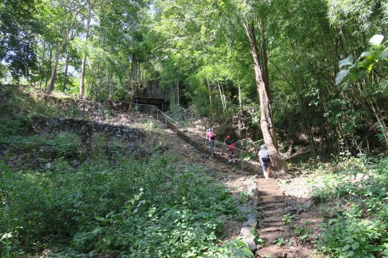 Snímek Hellfire Pass Interpretive Centre and Memorial Walking Trail