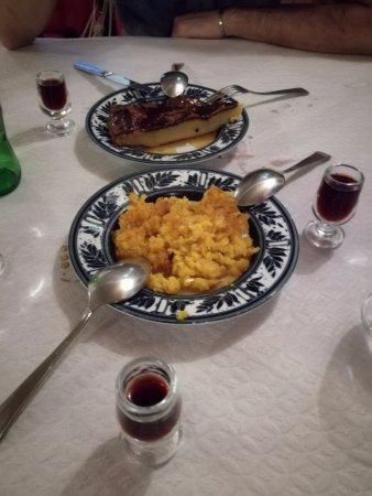 Due piatti di O Templo. Sono molto belli anche i piatti di portata