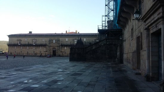 Plaza del Obradoiro: Plaza do Obrador - lado Catedral