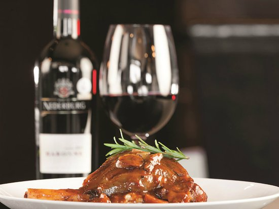 The Hussar Grill Paarl: Lamb Shank and Nederburg Wine