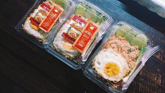 Krua Je On Noodle: เมนูข้าวกล่อง