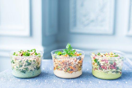 cojean Laffitte: une offre de salades renouvelée chaque saison qui peut convenir à tous les régimes alimentaires.