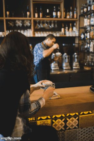 Loft Coffee & Food Bar (LOFT DOWNTOWN): Coffee perfection made right in front of you