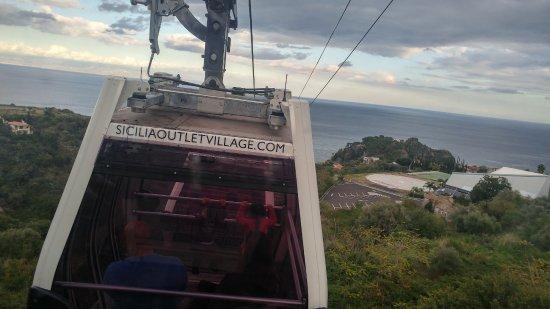 Isola Bella: Cable car to Isolla bella