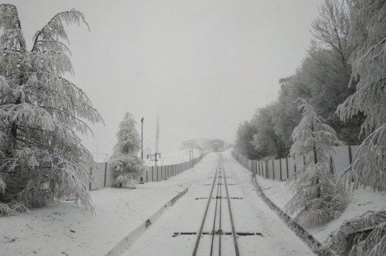 Kolej linowo-terenowa PKL Gora Zar: Zima na Żarze