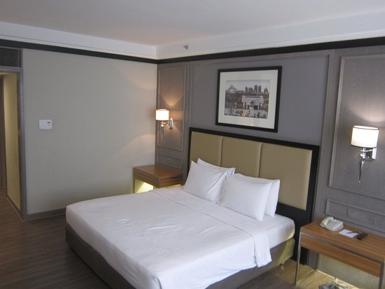 Melia Kuala Lumpur: Great sized rooms. Very clean.