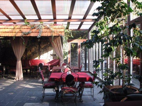 Holiday Park Zhoekvara: Ресторан Абаата