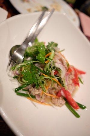 Acala Restaurant: Som tum