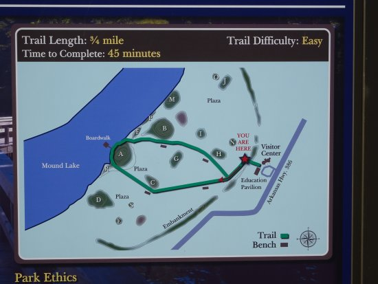 Toltec Mounds Archaeological State Park: paths