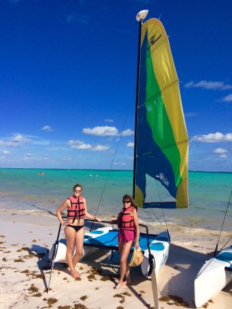 After our lesson we took the hobie cat out by ourselves!