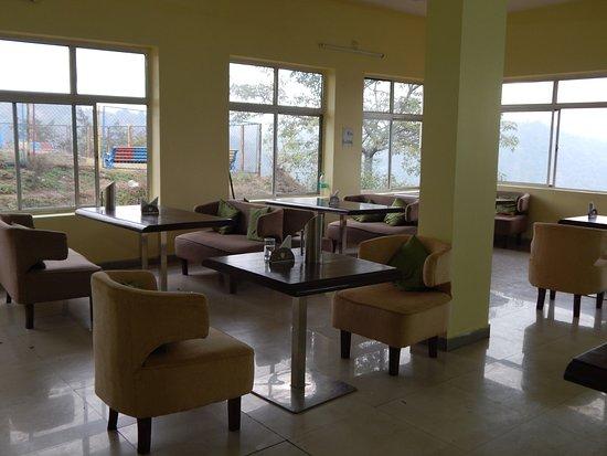 Hudru Falls: Restaurant at Hundru