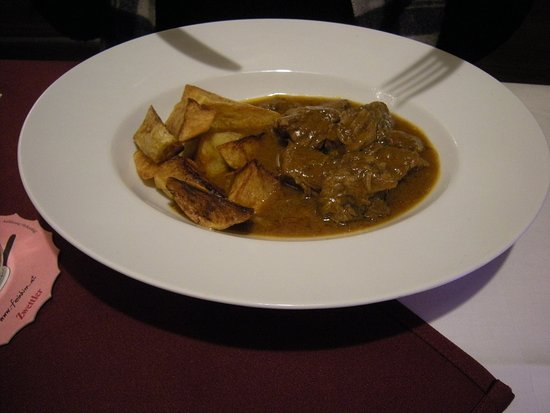 Soprano: Beef goulash with potatoes