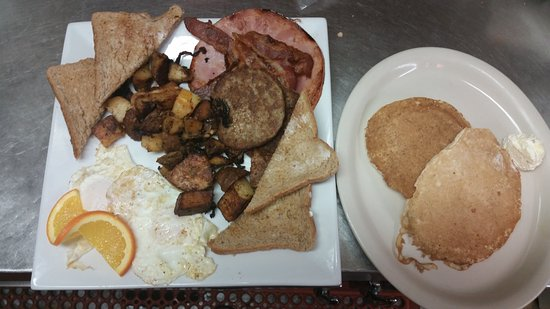 "Ivoryton, CT: The ""Biggy Breakfast"""