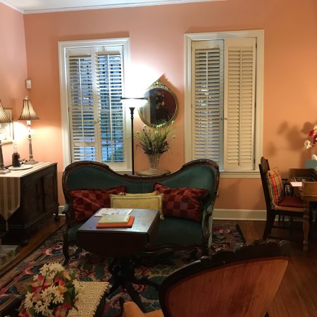 Armstrong Inns Bed and Breakfast: photo1.jpg