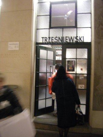 Trzesniewski: Store front