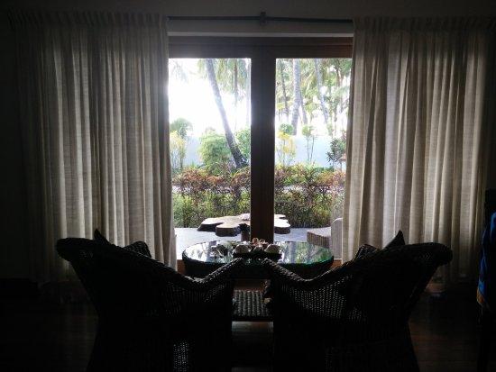 Yoma Cherry Lodge: Ground floor room, garden view