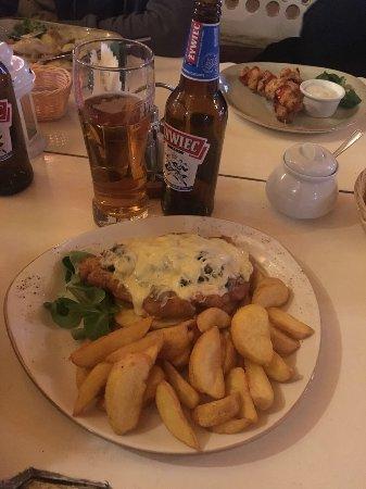 Horbow, Poland: Шницель и Жареная картошка