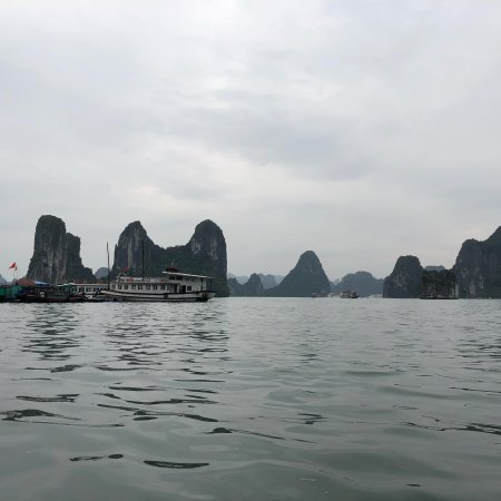 Asianway Travel: Wonderful experience with Hanoi and Halong Bay tour!