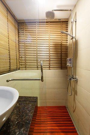 Anise Sapa Hotel: Bathroom