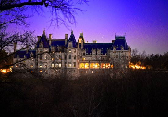 View in early evening picture of biltmore estate for Is biltmore estate haunted