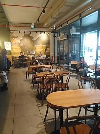 Starbucks: Güzel bir mekan