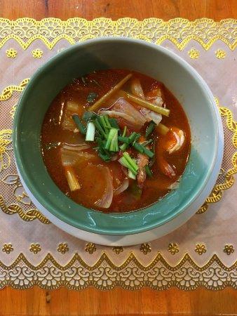Zabb E Lee Thai cooking school: Thai Soup (Forget the exact name)