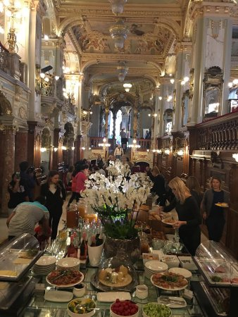 New York Palace Budapest: Sala colazioni