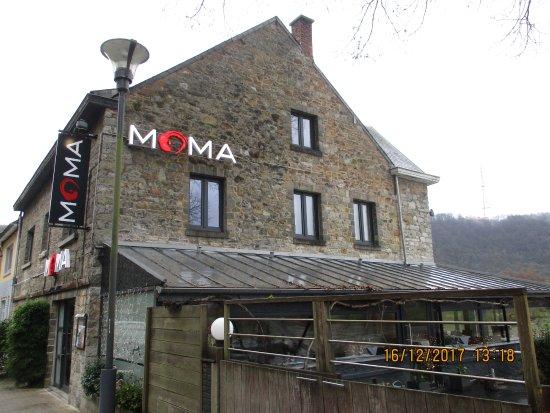 Le Moma: le restaurant et la terrasse
