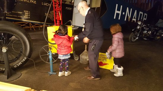 National Aviation Museum (Aviodrome): Great time to go is when school is in progress!
