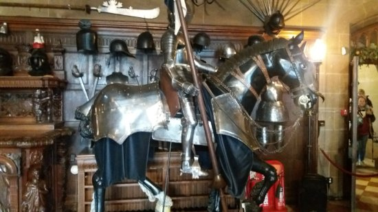 Warwick Castle: Armour