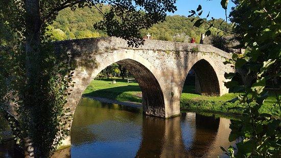 Le Vieux Pont: Belcastel