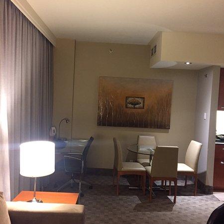 Hotel Le Crystal Photo