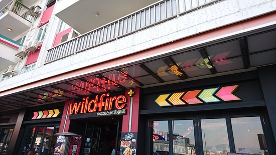 Wildfire Pizzabar (Causeway Bay): Wildfire餐廳外觀
