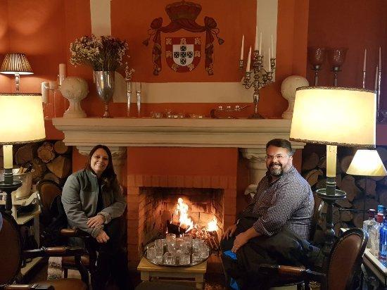 A Nova Casa de Ramiro: Melhor restaurante de Portugal! Atendimento muito bem e comida maravilhosa. Entramos clientes e