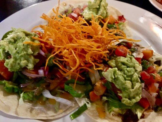 Cafe Ole: vegetarian tacos