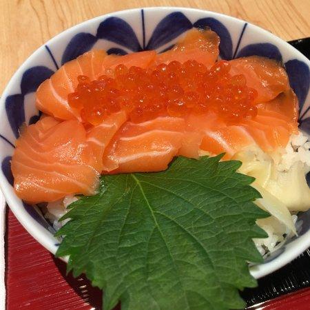 Itacho Sushi (Yashili Avenue) Photo
