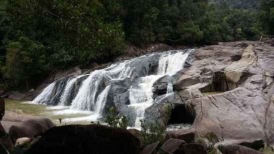 Endau-Rompin National Park: big waterfall