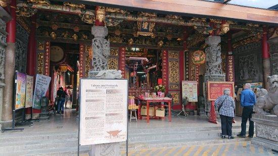 Tiantan Tiangong Temple: 中国語と英語で書かれた参拝方法