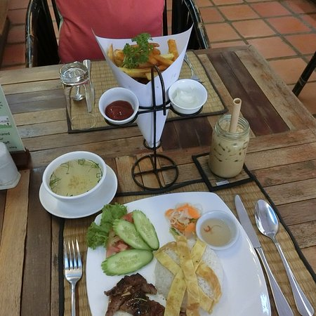 New Leaf Eatery Photo