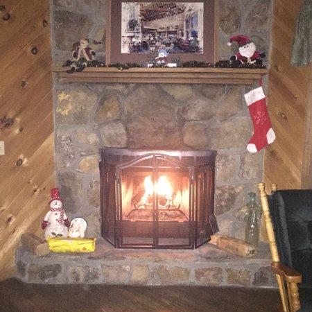 Laurel Mountain Cabins: photo1.jpg