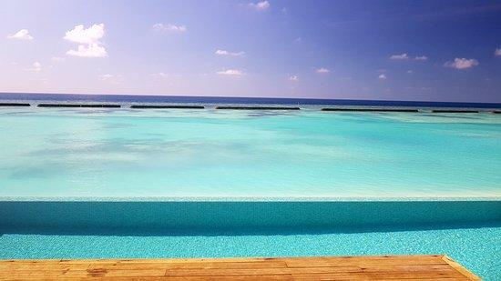 Kuramathi Island Resort: Pool Villa 339