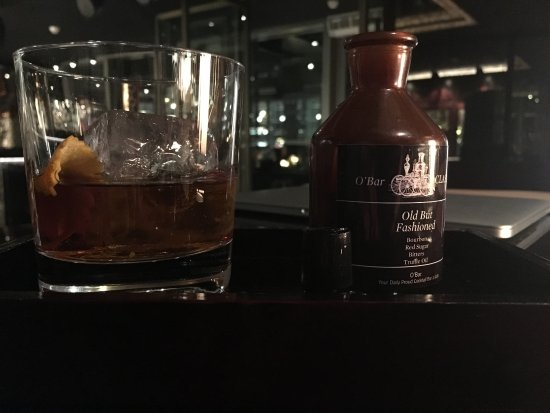 O'Bar (NUO Hotel Beijing): Old but Fashioned! With truffle oil!
