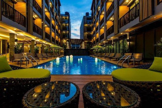 Horrible - Review of GLOW Ao Nang Krabi, Ao Nang, Thailand