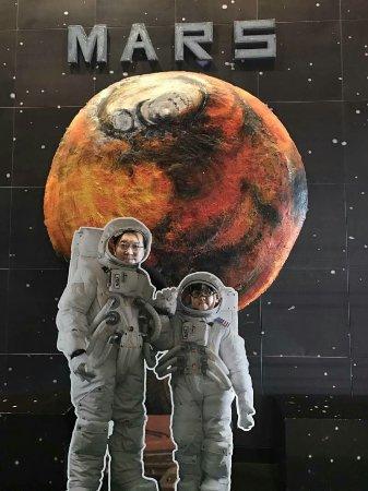 Space Inspirium: 1513705613970_large.jpg