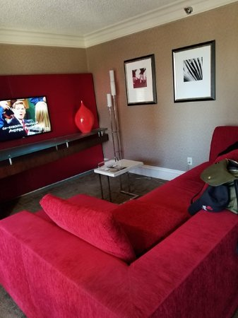 Treasure Island Hotel & Casino: Executive Suite